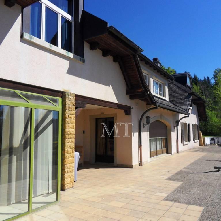 Colombier ne maisons sur propri t s de suisse les offres for Maison luxe suisse