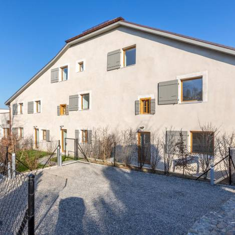 apartment, house and property for sale in Choulex Switzerland