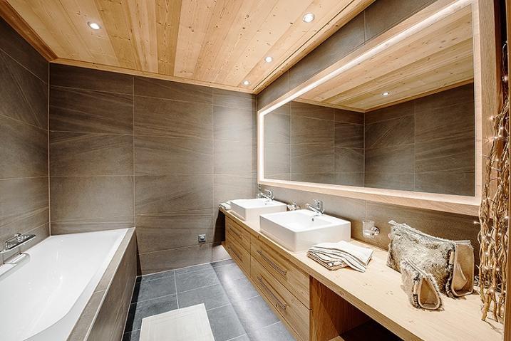 Salle de bain de même promoteur