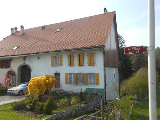 Annonces immobilier vendre en suisse maison surpierre for Acheter une maison en suisse