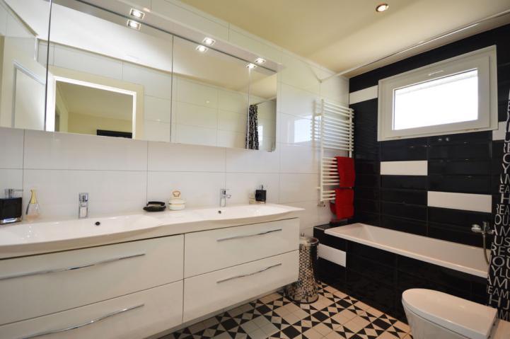 annonces immobilier vendre en suisse maison grandson vaud. Black Bedroom Furniture Sets. Home Design Ideas