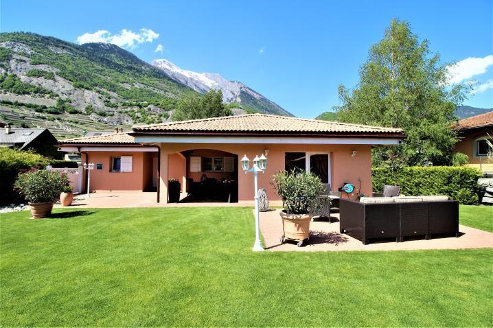 Annonces immobilier vendre en suisse maison 5 pi ces ardon valais - Cabane jardin valais besancon ...