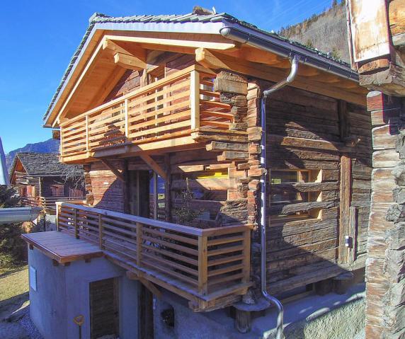 Grange neuve en bois authentique