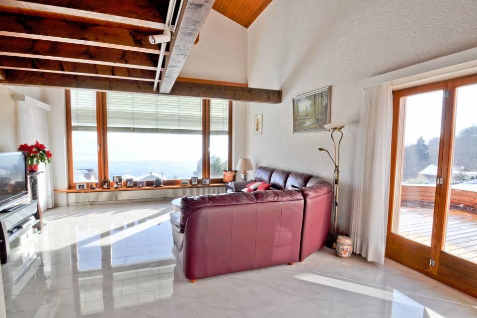 Maison multi-appartements 10 pièces à Arzier