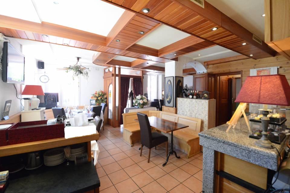 Hôtel 120 m2 à Salvan