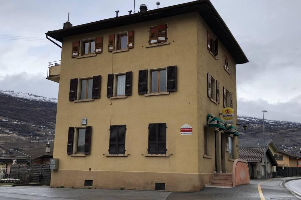 Immeuble mixte à Grône