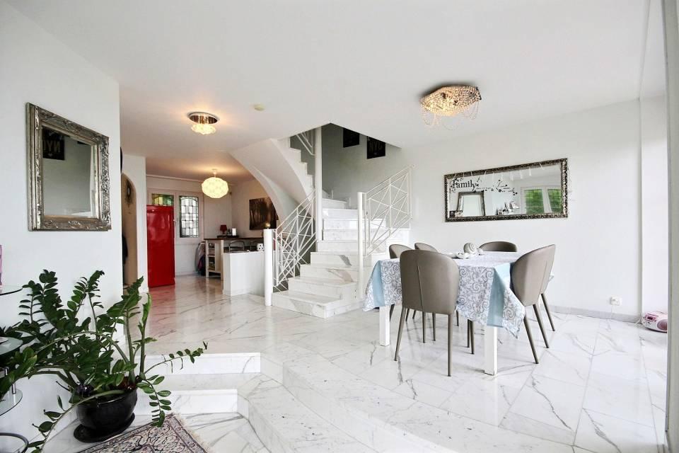 St-Légier-La Chiésaz / Maison de 6.5 pièces