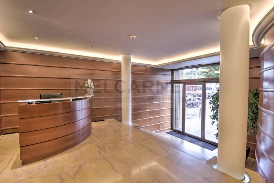 Administratif/Bureau 290 m2 à Genève