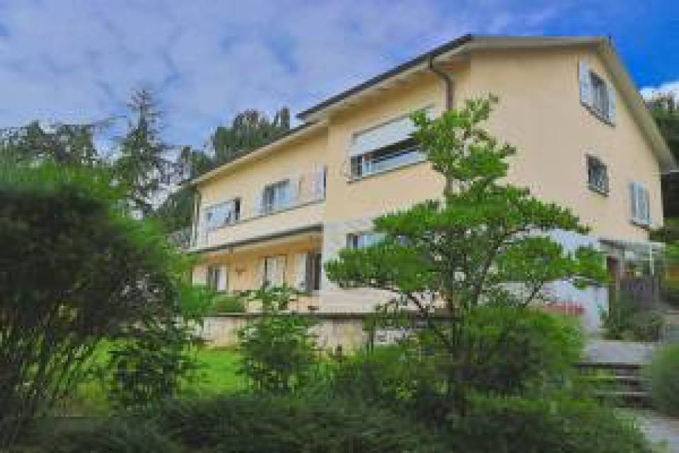 Villa Individuelle 12 pièces à Neuchâtel