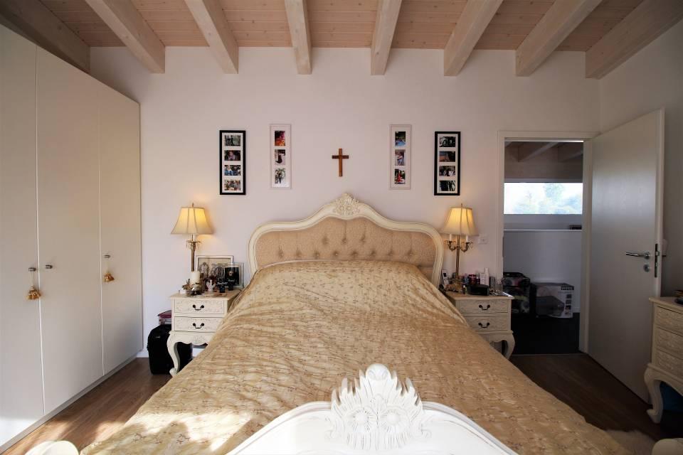 Villa jumelle par garages 4.5 pièces à Bouveret