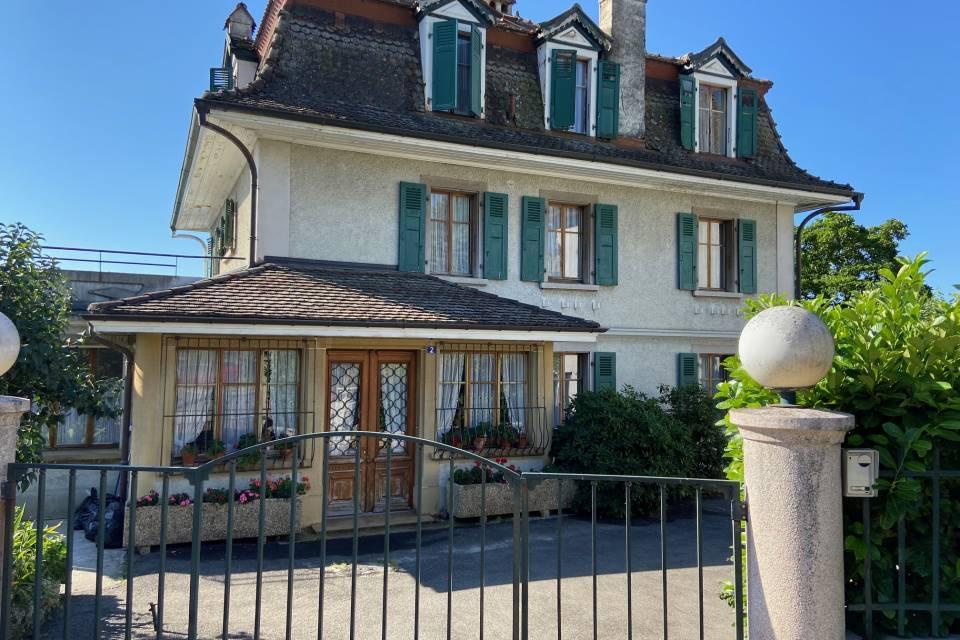 14-Zimmer Herrenhaus in St-Prex