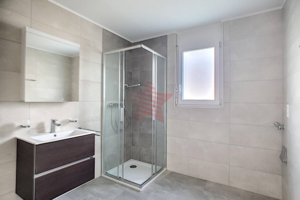 Salle de douche 3.5 pièces