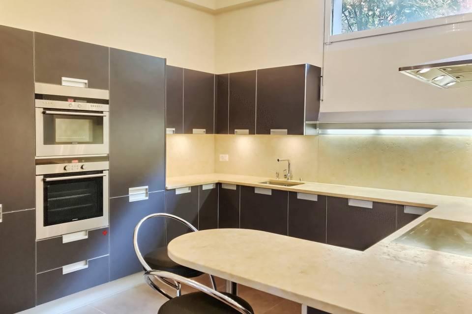 Administratif/Bureau 4.5 pièces 157 m2 à Montreux