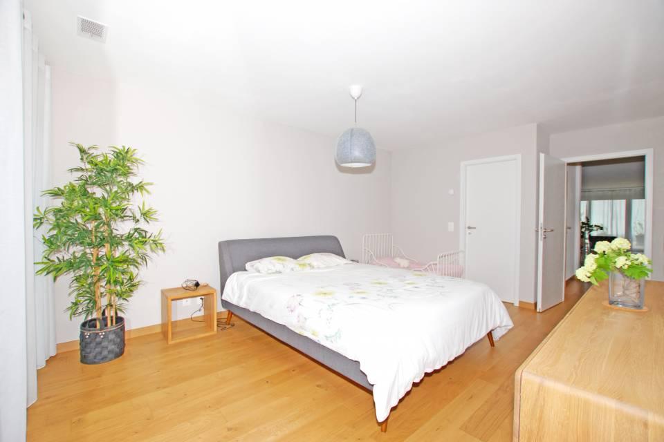 Appartement 5.5 pièces à Longirod