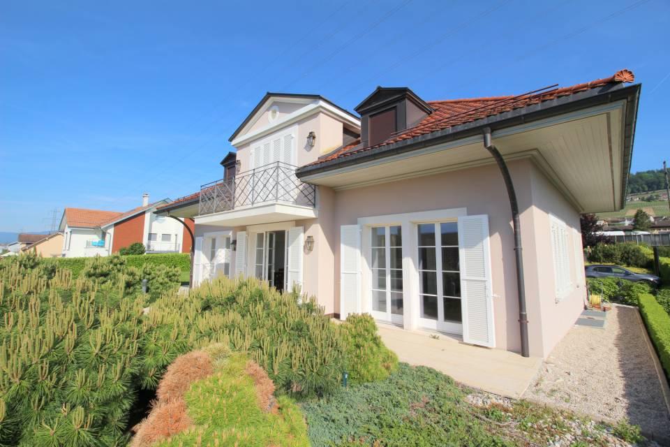 Villa Individuelle 12 pièces à Mont-sur-Rolle