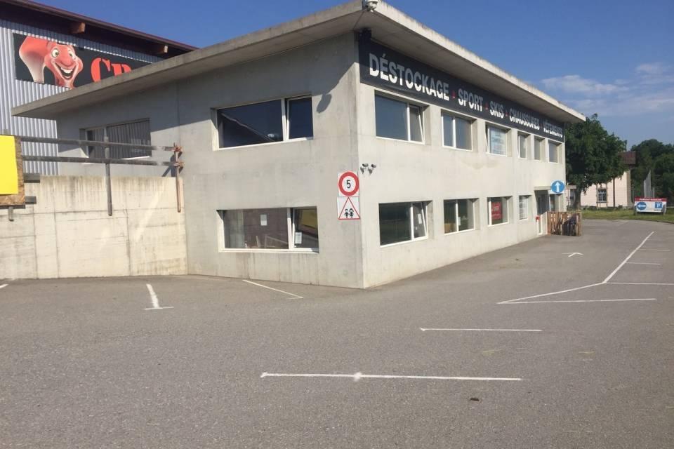 Industriel 600 m2 au Bry