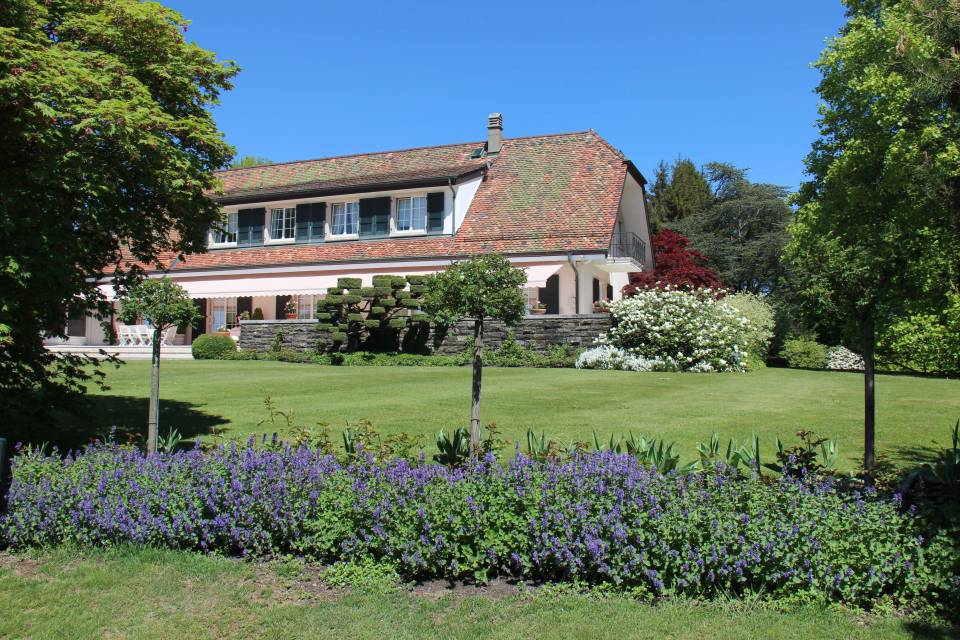 10-Zimmer Herrenhaus in Epalinges
