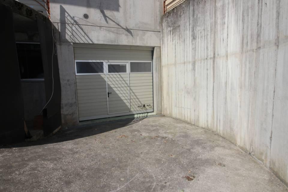 Dépôt 1 pièce 270 m2 à Penthalaz