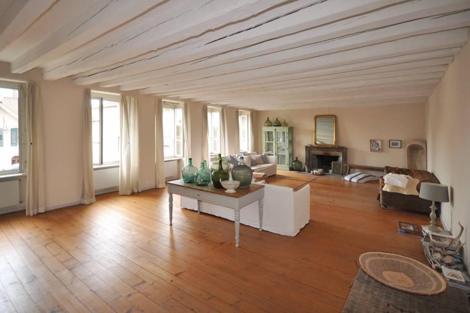 10-Zimmer Dorfhaus in Aubonne
