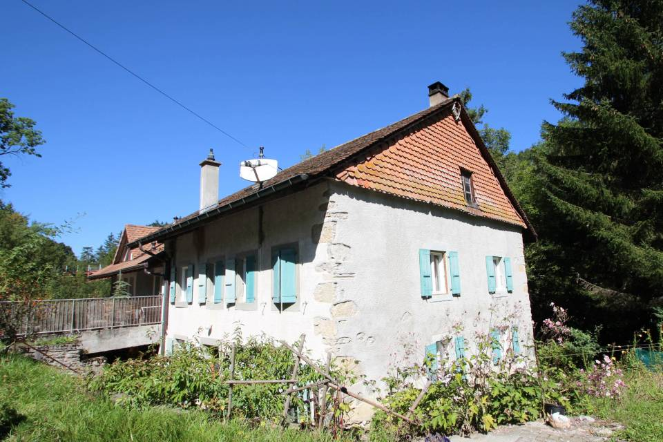 Immeuble locatif à Dommartin