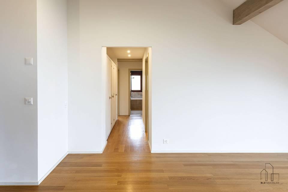 Corridor pour accès aux chambres