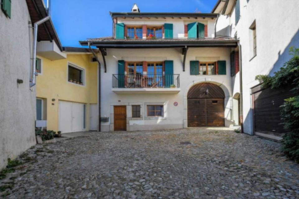 Maison de Village 9 pièces à Vinzel