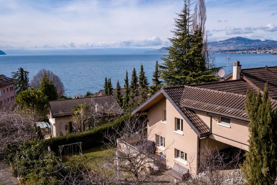 Villa mitoyenne 5.5 pièces à Villeneuve VD