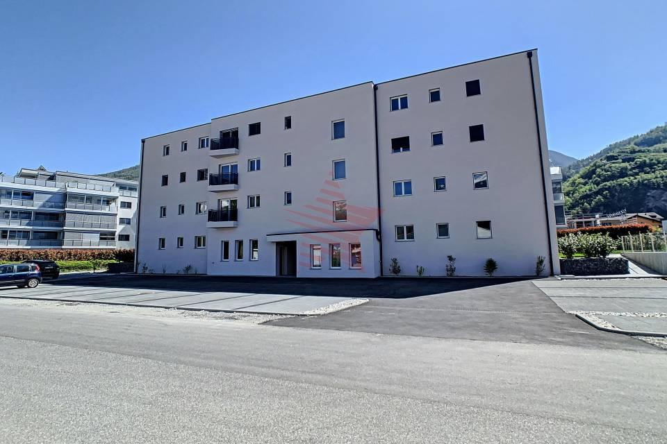 Immeuble similaire terminé