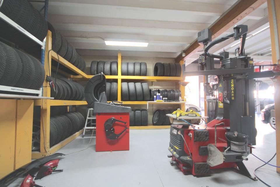 Espace pneus