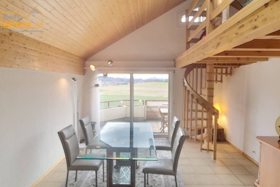 Duplex 4.5 pièces à Bretigny-sur-Morrens