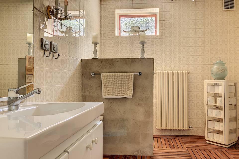 WC - lavabo  rez inf.