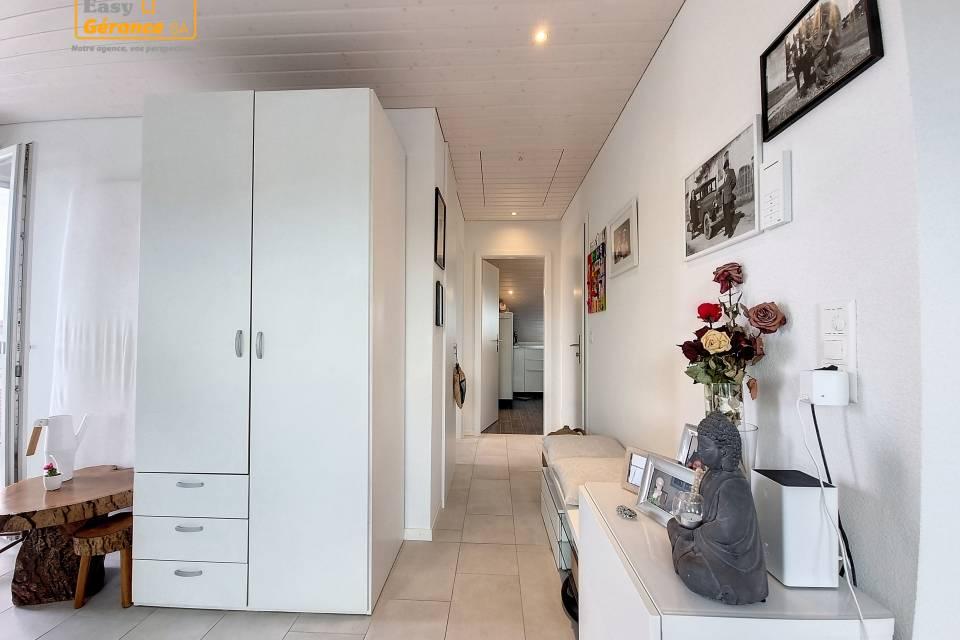 Appartement 2.5 pièces à Sugnens