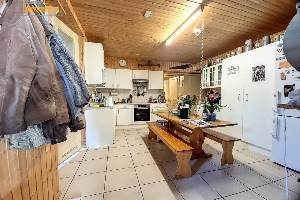 Maison de Village 14 pièces à Vallorbe