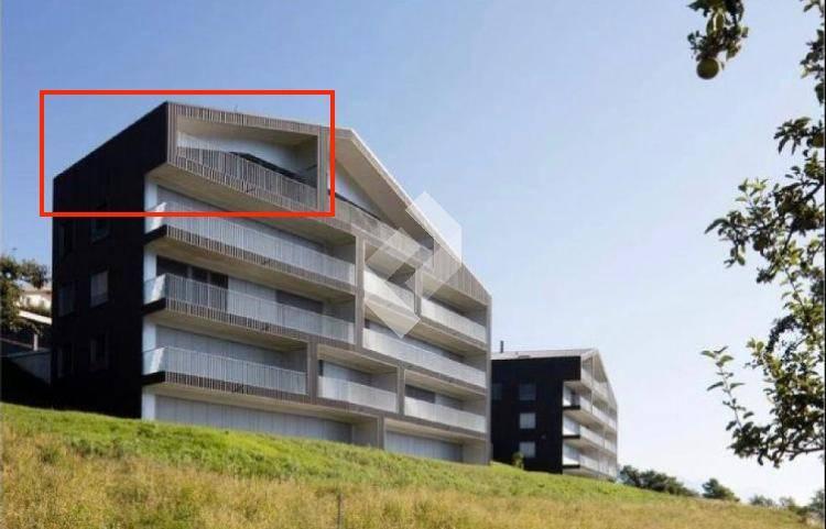 Dernier étage avec balcon ! Idéal investisseur !